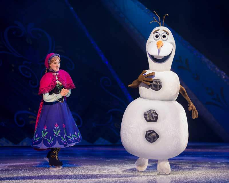 Disney On Ice presents Frozen - Anna and Olaf
